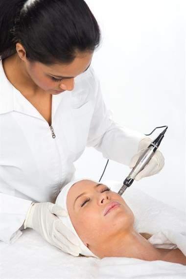 billig ansigtsbehandling
